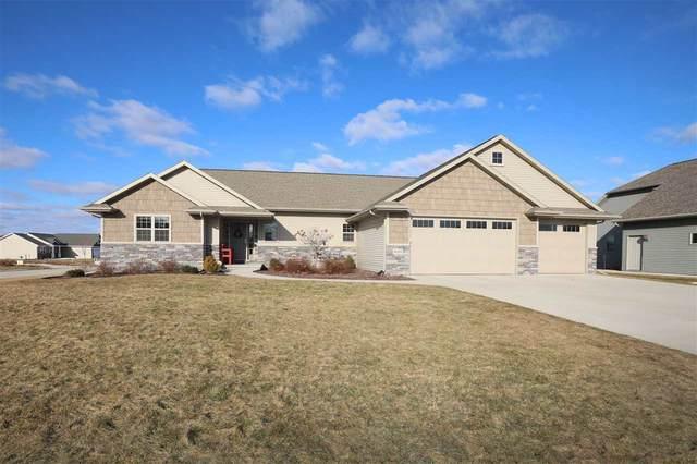 4363 N Star Ridge Lane, Appleton, WI 54913 (#50219088) :: Todd Wiese Homeselling System, Inc.