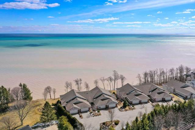 2008 Lake Street, Algoma, WI 54201 (#50219107) :: Todd Wiese Homeselling System, Inc.