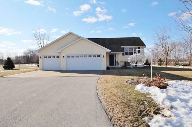 8191 Camber Lane, Pulaski, WI 54162 (#50219110) :: Todd Wiese Homeselling System, Inc.