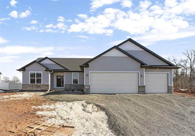 1795 Applewood Drive, De Pere, WI 54115 (#50219116) :: Todd Wiese Homeselling System, Inc.