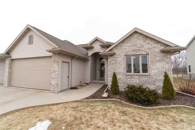 N9031 Spring Valley Road, Menasha, WI 54962 (#50219127) :: Todd Wiese Homeselling System, Inc.