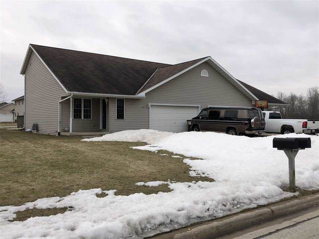 594 Rosemary Drive, Pulaski, WI 54162 (#50219142) :: Todd Wiese Homeselling System, Inc.