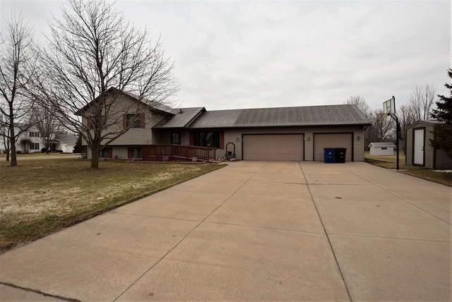 625 Tori Street, Omro, WI 54963 (#50219225) :: Todd Wiese Homeselling System, Inc.