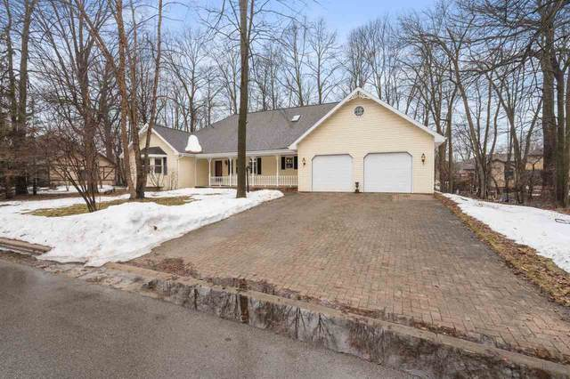 667 Brookwood Drive, Seymour, WI 54165 (#50219227) :: Symes Realty, LLC