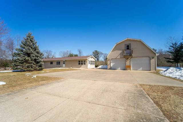 9484 Hopi Lane, Fremont, WI 54940 (#50219263) :: Todd Wiese Homeselling System, Inc.