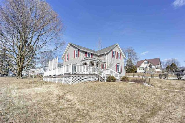 405 Fayette Street, Algoma, WI 54201 (#50219282) :: Todd Wiese Homeselling System, Inc.
