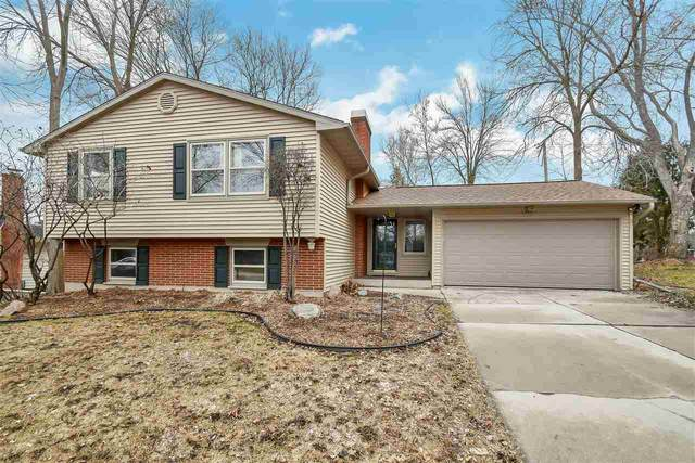 1315 Armond Court, De Pere, WI 54115 (#50219296) :: Todd Wiese Homeselling System, Inc.