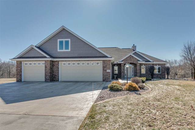 W4657 Creekview Road, Kaukauna, WI 54130 (#50219312) :: Todd Wiese Homeselling System, Inc.