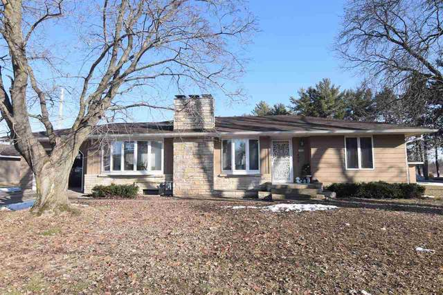 1633 E Main Street, Clintonville, WI 54929 (#50219313) :: Todd Wiese Homeselling System, Inc.