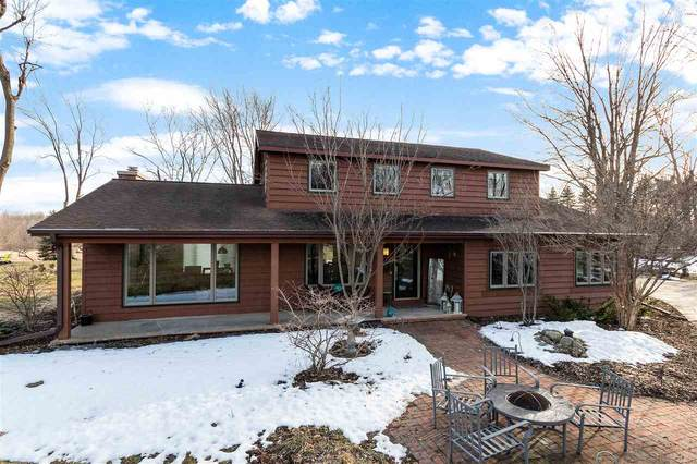 3915 W Broadway Drive, Appleton, WI 54913 (#50219353) :: Todd Wiese Homeselling System, Inc.