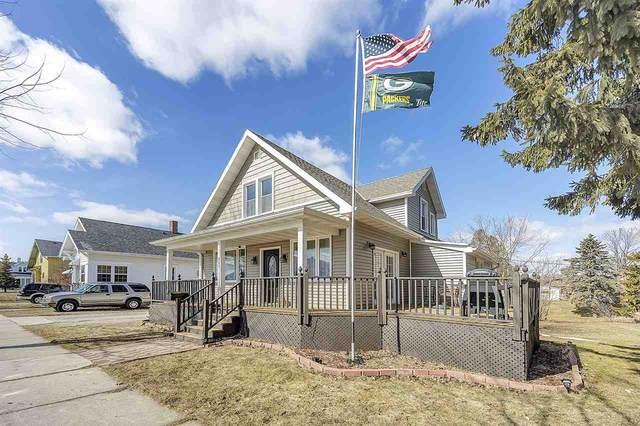 707 Rose Street, Kewaunee, WI 54216 (#50219368) :: Todd Wiese Homeselling System, Inc.