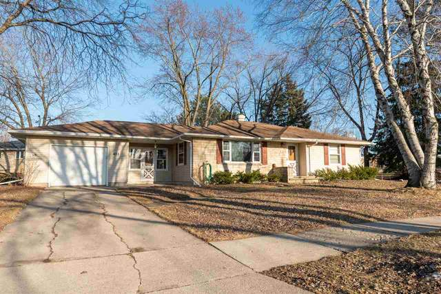 433 S Ontario Street, De Pere, WI 54115 (#50219384) :: Todd Wiese Homeselling System, Inc.