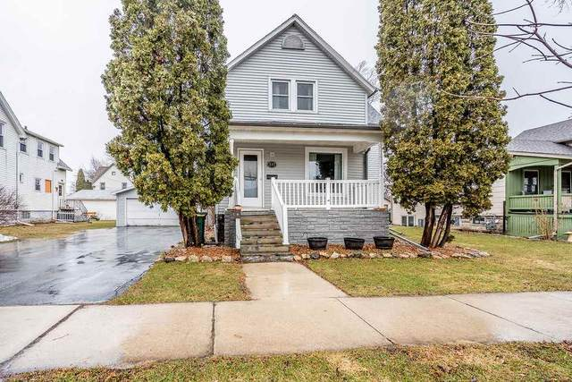 232 Doty Street, Fond Du Lac, WI 54935 (#50219394) :: Todd Wiese Homeselling System, Inc.