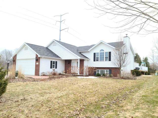 W6009 Pearl Drive, Appleton, WI 54915 (#50219397) :: Todd Wiese Homeselling System, Inc.