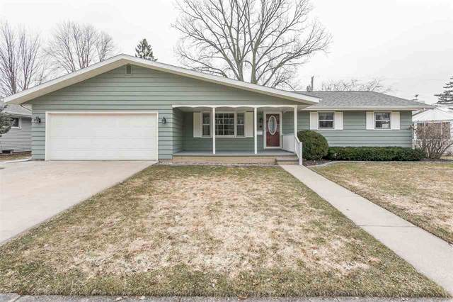 2028 N Birchwood Avenue, Appleton, WI 54914 (#50219553) :: Todd Wiese Homeselling System, Inc.