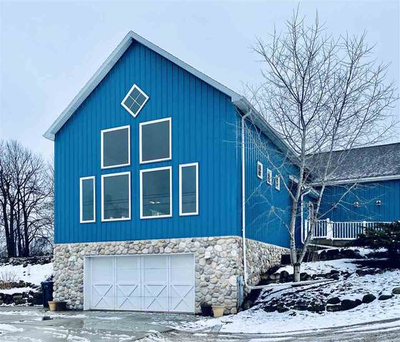W1399 Tecumseh Road, New Holstein, WI 53061 (#50219568) :: Todd Wiese Homeselling System, Inc.