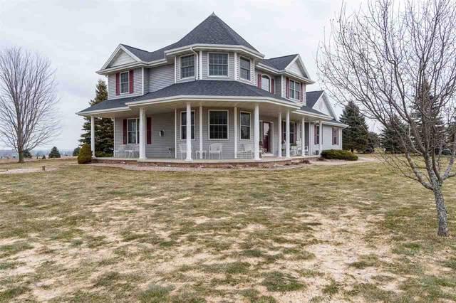 N2767 Heines Way, Hortonville, WI 54944 (#50219599) :: Todd Wiese Homeselling System, Inc.