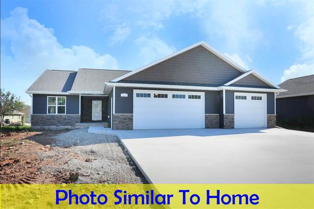 2835 Hidden Pines Drive, Appleton, WI 54913 (#50219608) :: Todd Wiese Homeselling System, Inc.
