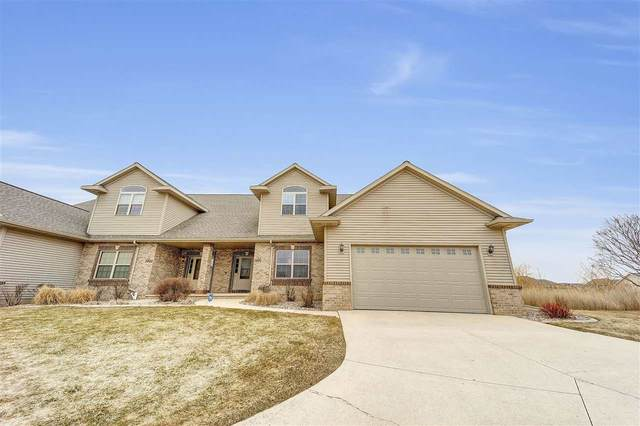 3970 N Parker Way, De Pere, WI 54115 (#50219613) :: Ben Bartolazzi Real Estate Inc