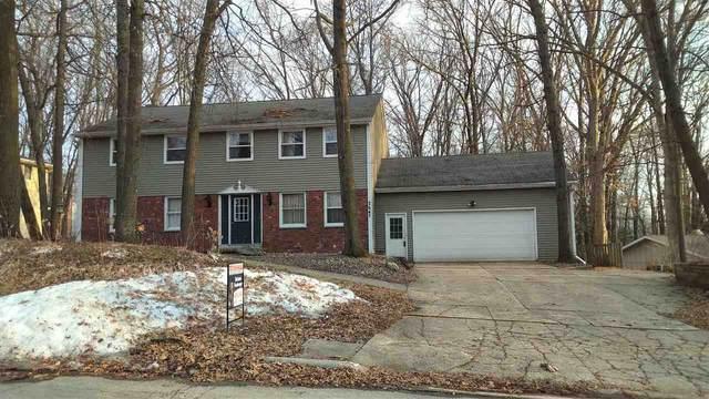 2647 Shag Bark Lane, Green Bay, WI 54313 (#50219629) :: Todd Wiese Homeselling System, Inc.