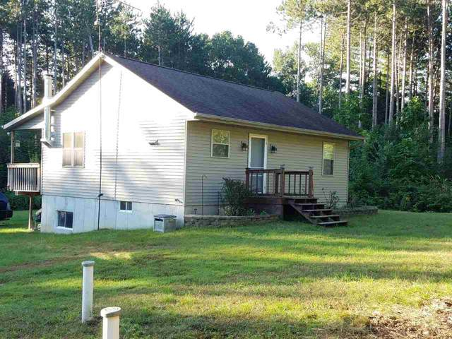 7737 E Evergreen Drive, Waupaca, WI 54981 (#50219643) :: Todd Wiese Homeselling System, Inc.