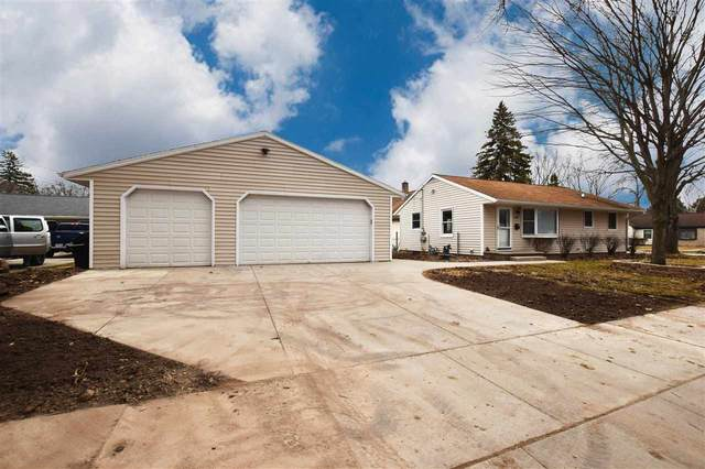 822 Lark Street, Green Bay, WI 54303 (#50219651) :: Todd Wiese Homeselling System, Inc.