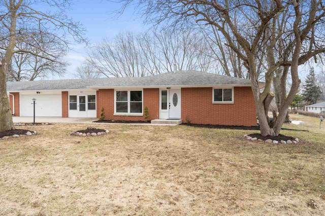 3619 Delahaut Street, Green Bay, WI 54301 (#50219657) :: Todd Wiese Homeselling System, Inc.