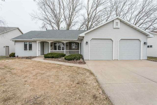 1708 W Homestead Drive, Appleton, WI 54914 (#50219659) :: Todd Wiese Homeselling System, Inc.