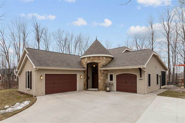 N1343 Sweetmaple Trail, Hortonville, WI 54944 (#50219675) :: Todd Wiese Homeselling System, Inc.