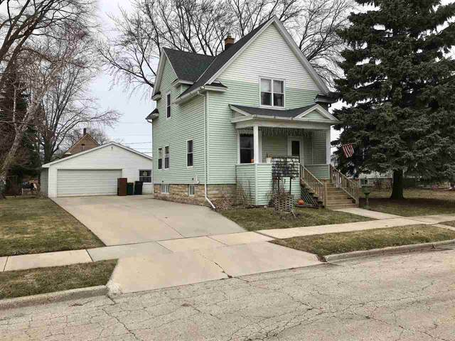 2 Boyle Place, Fond Du Lac, WI 54935 (#50219693) :: Todd Wiese Homeselling System, Inc.