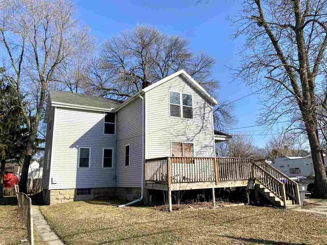 409 4TH Street, Neenah, WI 54956 (#50219696) :: Dallaire Realty