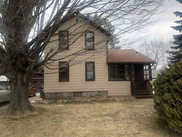 205 W 4TH Street, Shawano, WI 54166 (#50219698) :: Todd Wiese Homeselling System, Inc.