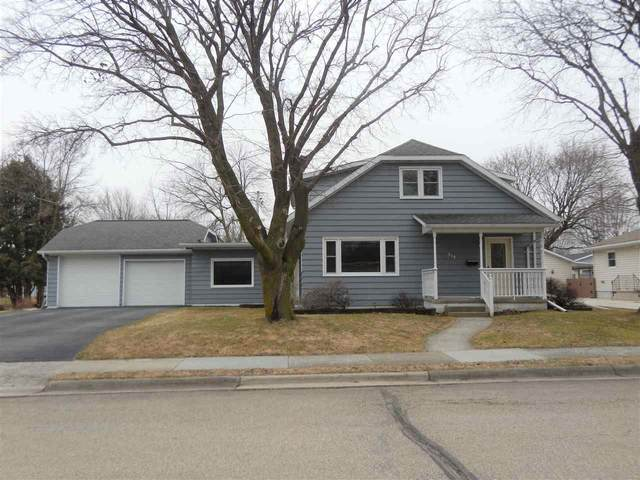 313 Saratoga Street, Chilton, WI 53014 (#50219713) :: Todd Wiese Homeselling System, Inc.