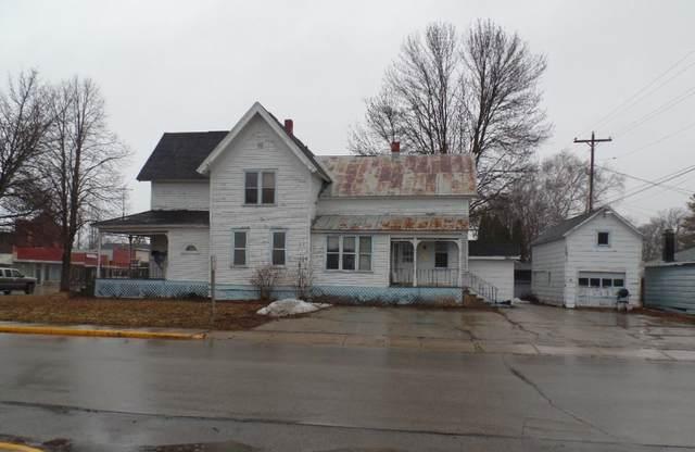 204 N Main Street, Oconto Falls, WI 54154 (#50219714) :: Todd Wiese Homeselling System, Inc.
