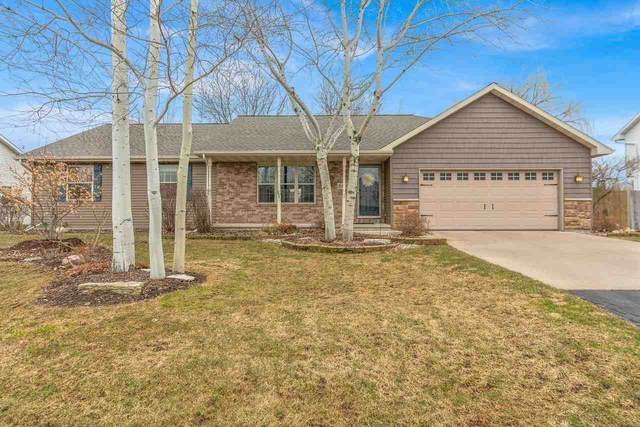 W2373 Greenspire Way, Appleton, WI 54915 (#50219735) :: Todd Wiese Homeselling System, Inc.