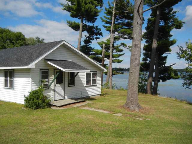 W7140 Hwy 21, Wautoma, WI 54982 (#50219764) :: Todd Wiese Homeselling System, Inc.