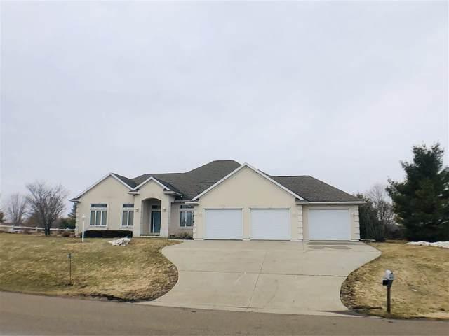 N6425 Bahr Estates Drive, Cecil, WI 54111 (#50219767) :: Symes Realty, LLC