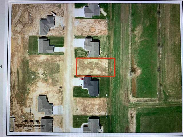 N9036 Papermaker Pass, Menasha, WI 54952 (#50219774) :: Todd Wiese Homeselling System, Inc.