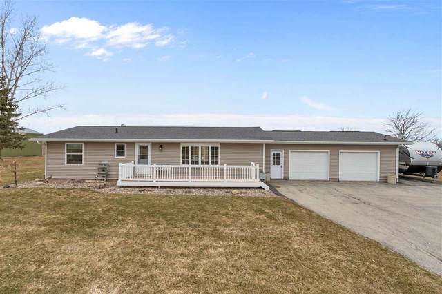 W160 Hwy S, De Pere, WI 54115 (#50219778) :: Todd Wiese Homeselling System, Inc.