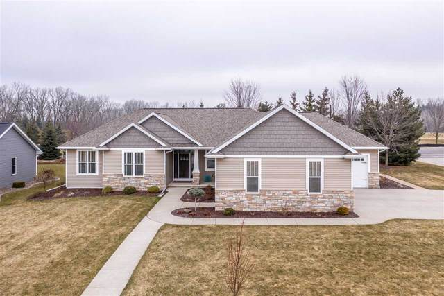 840 W Northstar Drive, Appleton, WI 54913 (#50219788) :: Todd Wiese Homeselling System, Inc.
