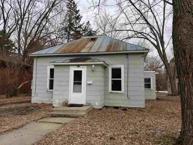 412 Scott Street, Waupaca, WI 54981 (#50219834) :: Todd Wiese Homeselling System, Inc.
