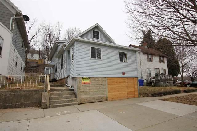331 W 3RD Street, Kaukauna, WI 54130 (#50219847) :: Todd Wiese Homeselling System, Inc.