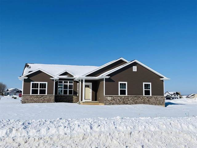 N1679 Waterlefe Drive, Greenville, WI 54942 (#50219859) :: Dallaire Realty