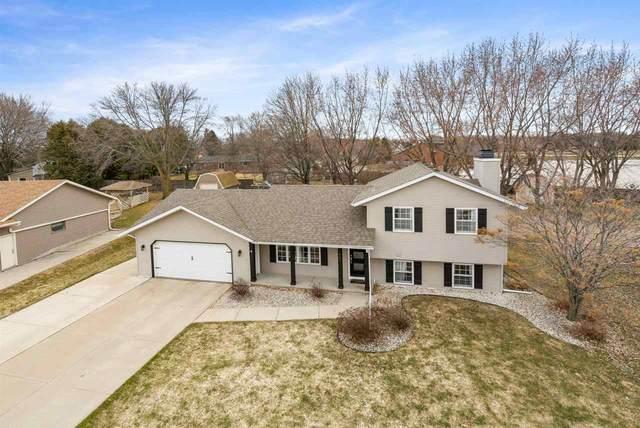 467 Dewey Decker Drive, Green Bay, WI 54313 (#50219864) :: Todd Wiese Homeselling System, Inc.