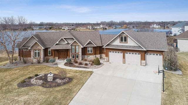 2975 Seafarer Way, Suamico, WI 54173 (#50219875) :: Todd Wiese Homeselling System, Inc.