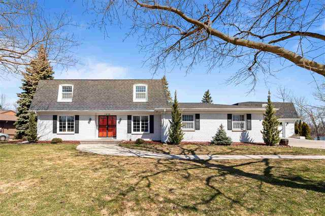 1420 Sunset Drive, Kimberly, WI 54136 (#50219935) :: Ben Bartolazzi Real Estate Inc