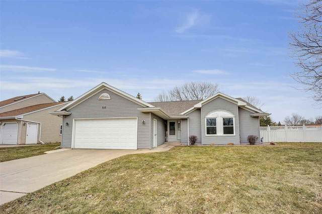 717 Brule Road, De Pere, WI 54115 (#50219939) :: Ben Bartolazzi Real Estate Inc