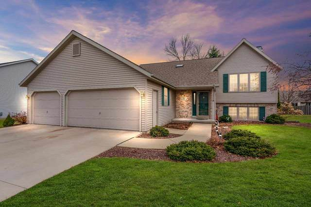 1171 Drews Drive, De Pere, WI 54115 (#50219968) :: Todd Wiese Homeselling System, Inc.