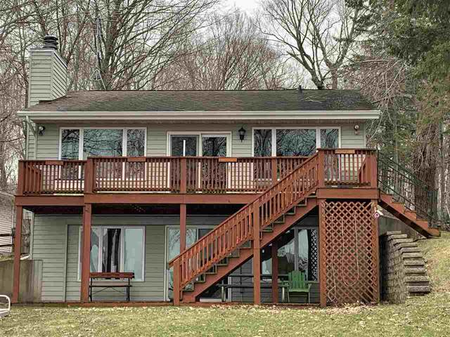 7187 Clarks Point Road, Winneconne, WI 54986 (#50219973) :: Todd Wiese Homeselling System, Inc.