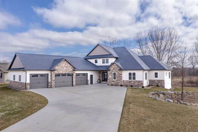 1094 Dogwood Trail, Neenah, WI 54956 (#50219975) :: Dallaire Realty
